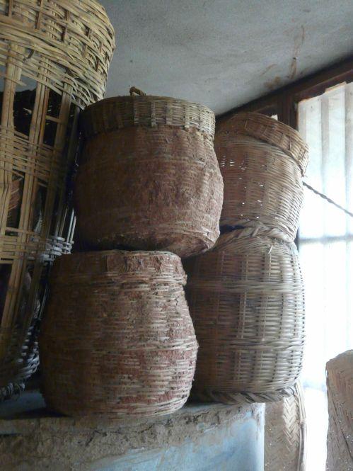 en-attendant-la-banque-de-semences-conservation-des-semences-dans-les-villages.jpg
