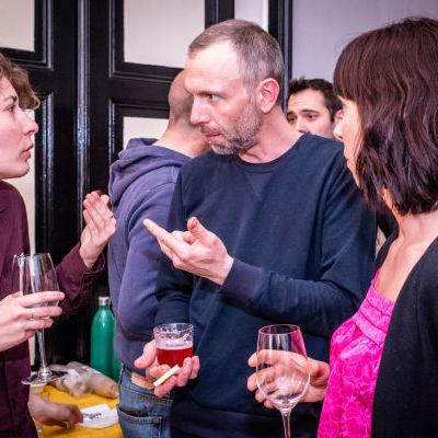 Lydie Seurre (Disco Soupe Strasbourg), le restaurateur Olivier Meyer de Kuirado, et Géraldine Lafargue, fidèle soutien du projet. © Christoph de Barry / VUXE