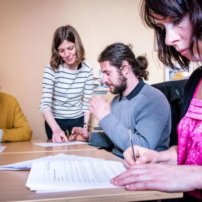 Signature des statuts avec Aurélie Quirin, Présidente de l