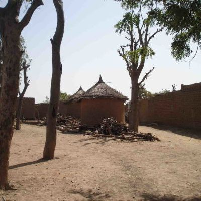 Village Dona.jpg